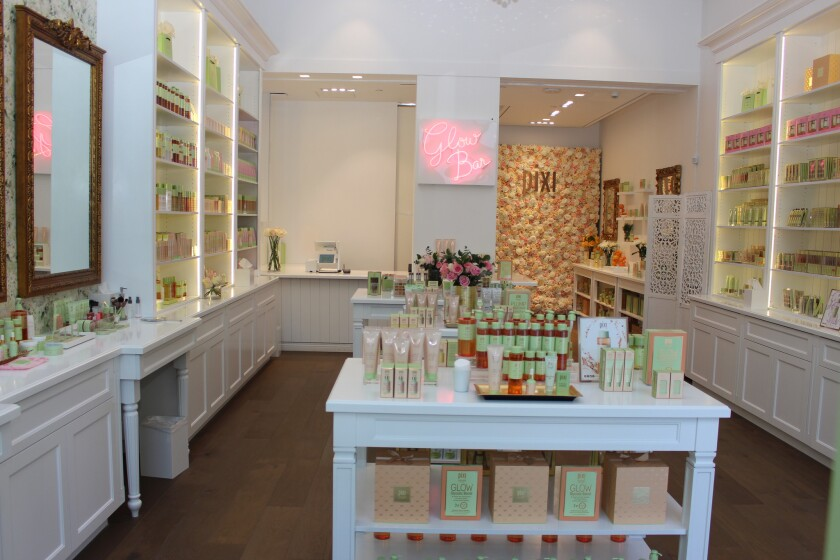 London-based skincare and beauty brand Pixi recently opened it's Los Angeles flagship, an 'experient