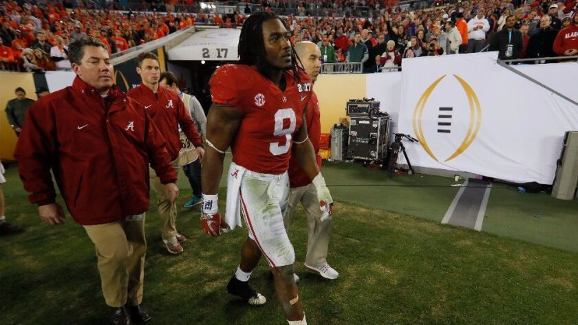 College football notes: Alabama's Bo Scarbrough broke his leg in title game