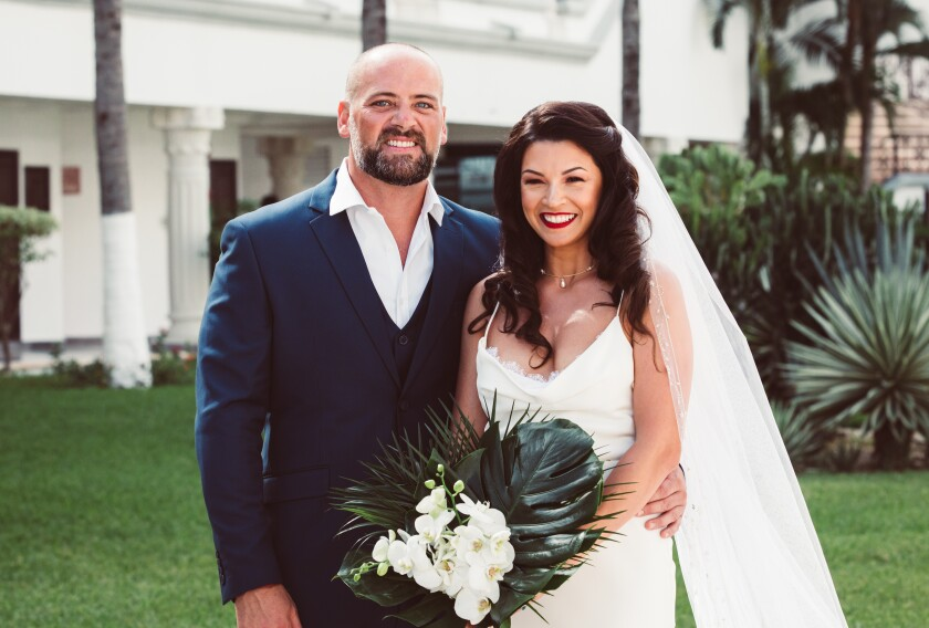 Newlyweds Melyssa Kluxen and Charles La Verde say they are stranded in Peru and have been unable to find transportation home.