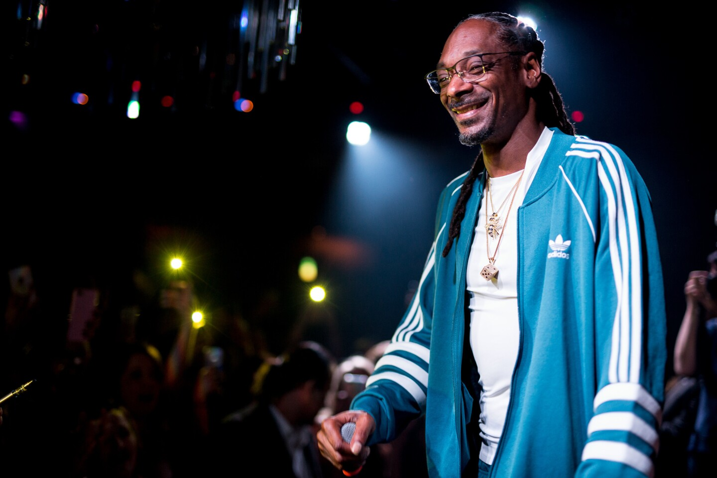 Legendary rapper Snoop Dogg entertained the crowd and posed with fans when he made an appearance at Oxford Social Club on Sunday, Sept. 2, 2018.