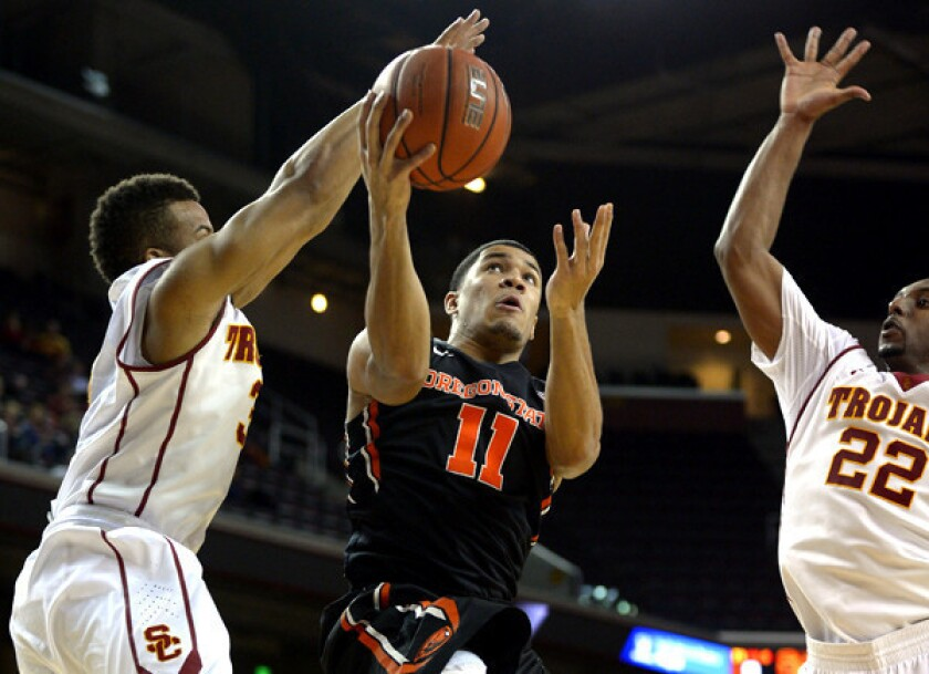 USC makes late push but falls to Oregon State, 76-66