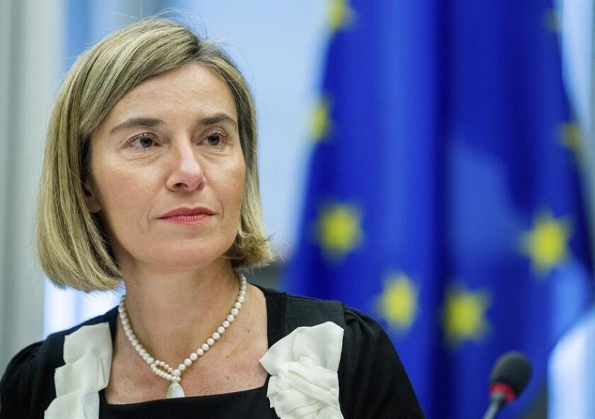 """La alta representante de la Unión Europea (UE) para la Política Exterior, Federica Mogherini, afirmó hoy que ve un cambio en las relaciones con el nuevo Gobierno de Donald Trump y señaló que se basarán en un enfoque """"transaccional y pragmático"""". EFE/ARCHIVO"""