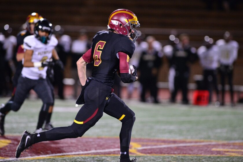 Scotty Gange outruns defenders for 76 yard TD catch. Photo by Anna Scipione