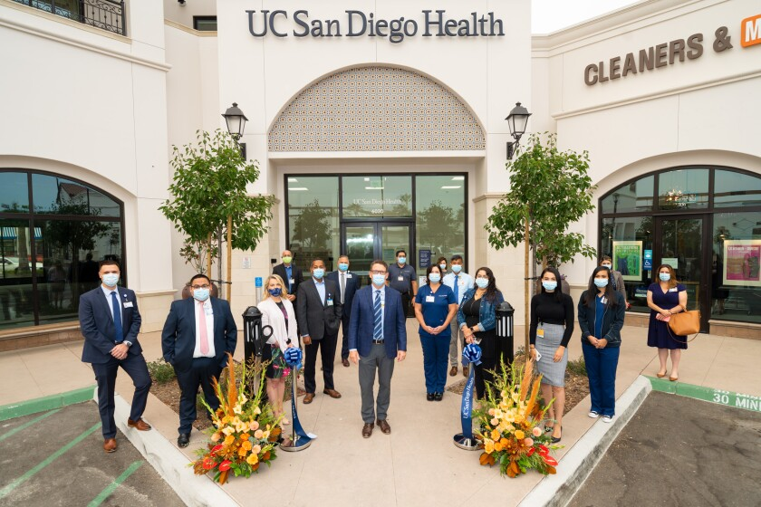 A ribbon cutting at the new UC San Diego Health in Pacific Highlands Ranch.