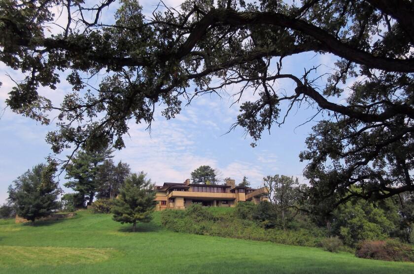 Frank Lloyd Wright School Closing
