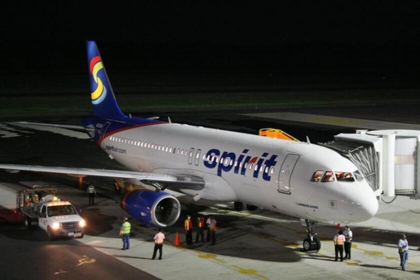 Vista del avión comercial de la aerolínea estadounidense Spirit Airlines. EFE/SOLO USO EDITORIAL