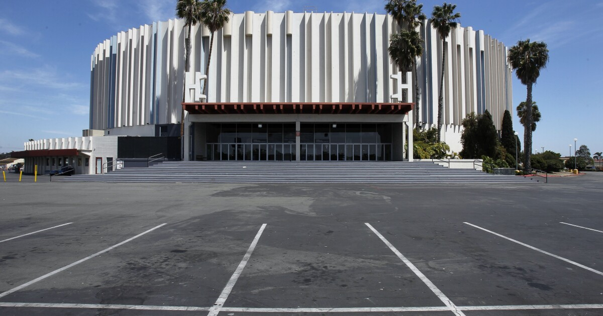 Is the redevelopment of the Pechanga Arena property a good business opportunity?