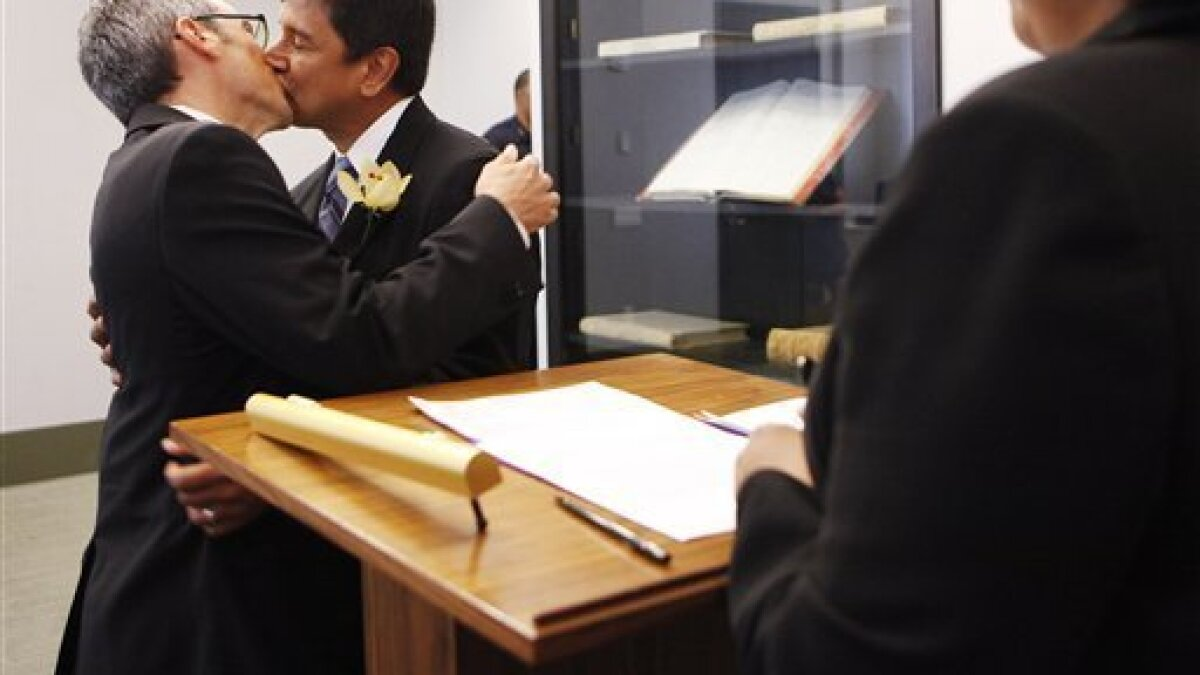 A Look At Some Of The Gay Couples Married In Ny The San