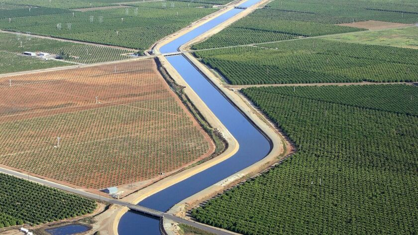 @@*@@* ADVANCE FOR MONDAY SEPT. 5 @@*@@* San Joaquin river water flows through the Friant–Kern canal