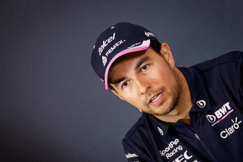 El piloto mexicano de Fórmula Uno Sergio Pére. EFE/ Valdrin Xhemaj/Archivo