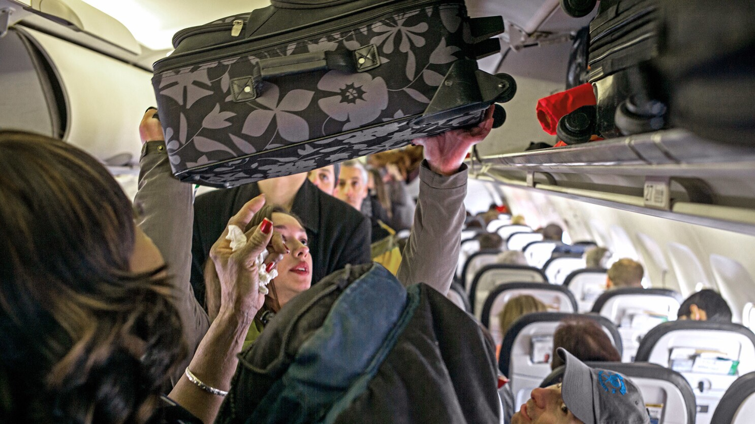 United Airlines Says It Won T Change Its Policy About Carry On Bags For Basic Economy Fliers Los Angeles Times,Questions To Ask When Buying A House Checklist Pdf
