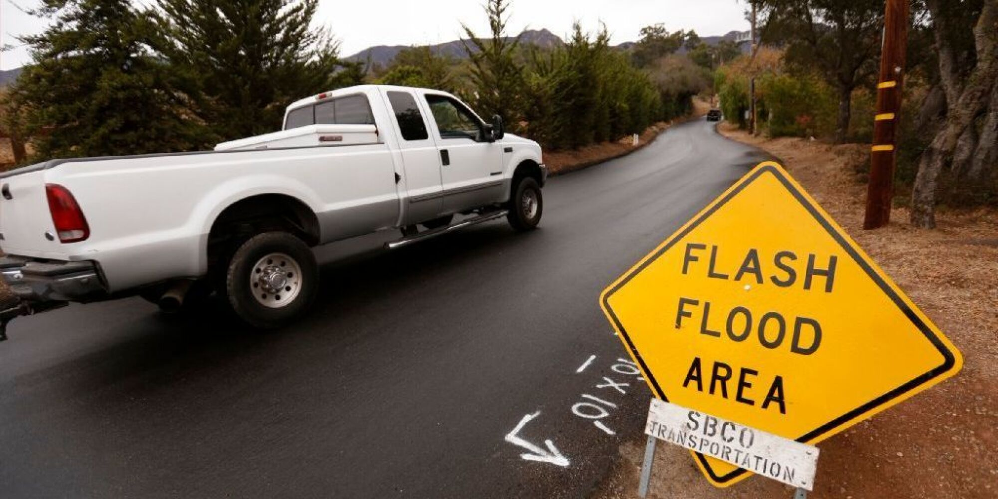 Southern California storm: Death toll in Montecito mudslide rises to 19, while 101 Freeway will remain closed indefinitely