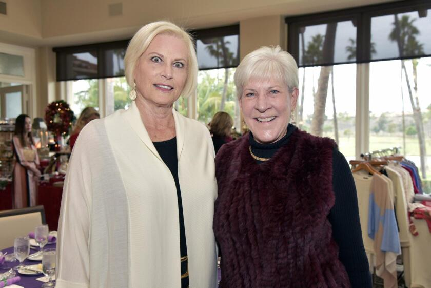 Country Friends Incoming President Suzanne Newman, outgoing President Deb Cross
