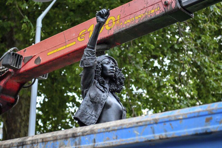 "Statue called ""A Surge of Power (Jen Reid) 2020"""