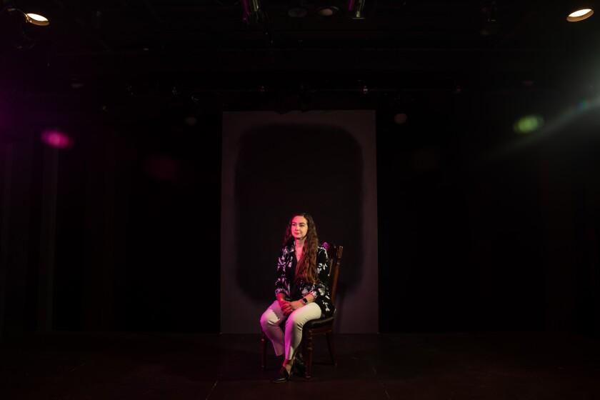 Ana Rose O & # 39; Halloran, directora ejecutiva de la Compañía de Teatro Antaeus