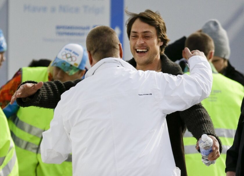 Teemu Selanne is to play on the first line for Finland.