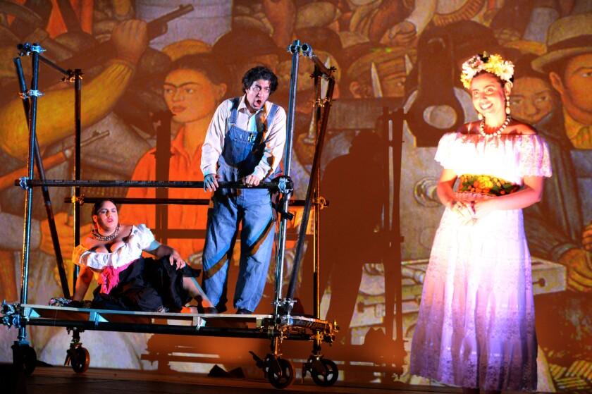 Una escena de la obra musical dedicada a analizar el complicado romance entre Frida Kahlo y Diego Rivera, que se pudo ver hasta el fin de semana pasado en el MOLAA.