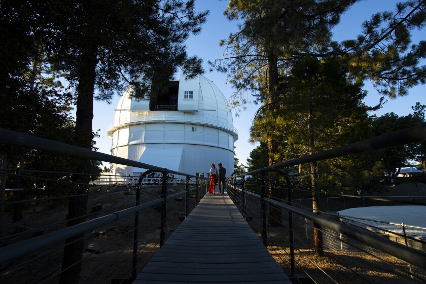 Postcard From L A : In the moon glow of Mt  Wilson, go find your