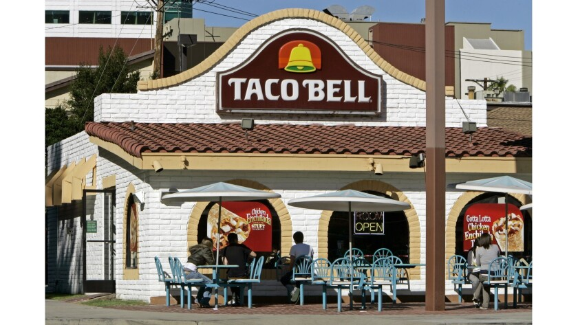 Robert L. McKay, the architect who designed the first Taco Bell restaurant and the signature design of the company, has died. He was 86.