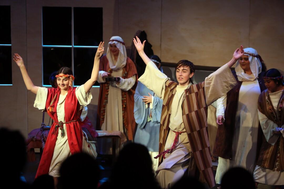 472701_la-et-lachsa-opera-show_3754.jpg