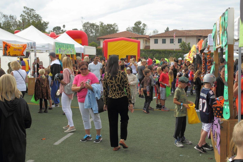 R Roger Rowe School Halloween Carnival