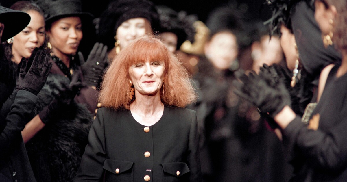 Sonia Rykiel The French Fashion Designer Called The Queen Of Knitwear Dies At 86 Los Angeles Times