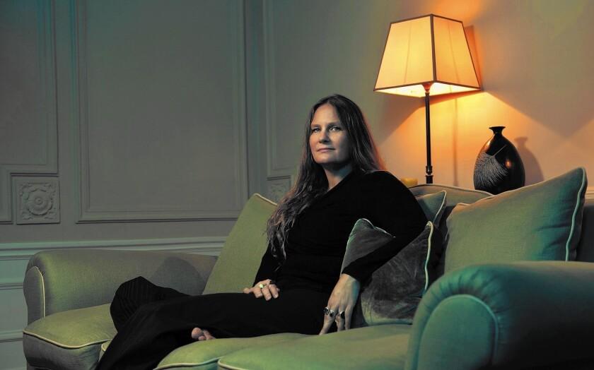 Author Lidia Yuknavich