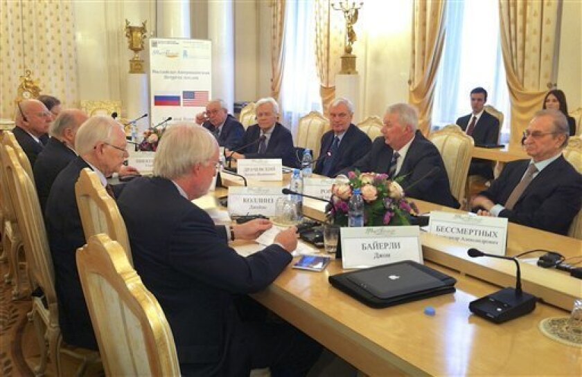 From left, former U.S. Ambassadors to Russia Alexander Vershbow, Thomas Pickering, Jack Matlock, James Collins, John Beyrle and, right side of the table, Vladimir Lukin, former Russian ambassador to U.S., Yuri Dubinin, former Soviet ambassador to U.S., former Ambassador to Poland Leonid Drachevsky;