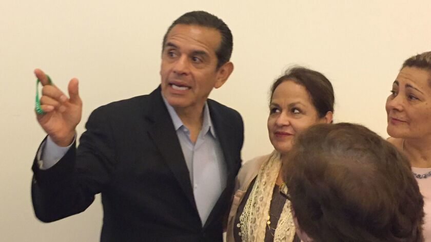 Former Los Angeles Mayor Antonio Villaraigosa, now a candidate for governor,campaigns at a California Latino Congreso forum on immigration at East L.A. College in Monterey Park.