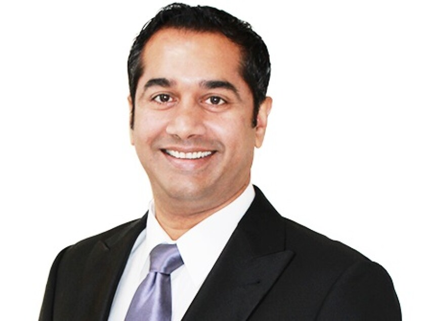 Dr. Raja Nalluri brings more than 18 years' experience in plastic surgery to his new La Jolla office.