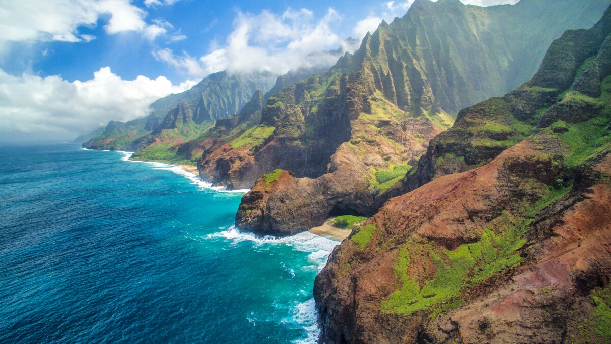 A big storm hit Kauai, spawning another issue: Are tourists wrecking the island?