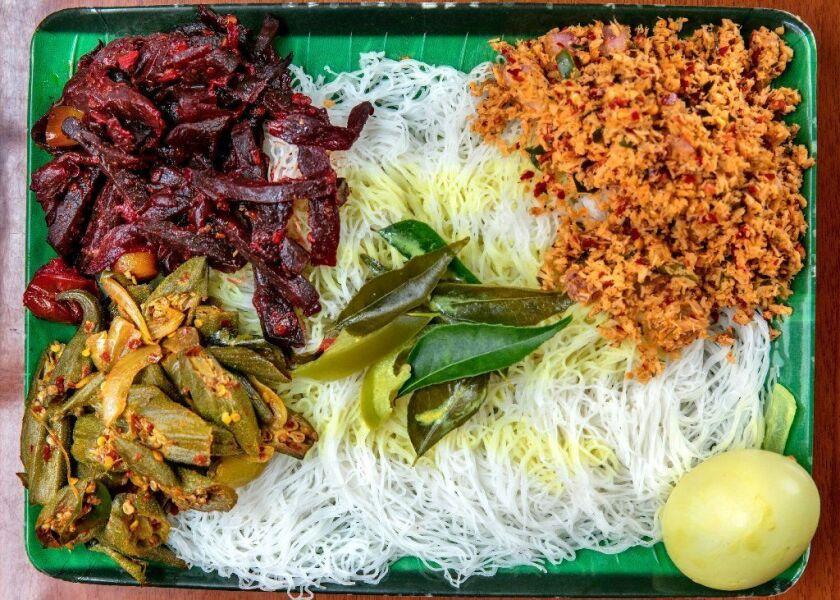 Vegetarian string hopper meal at Apey Kade