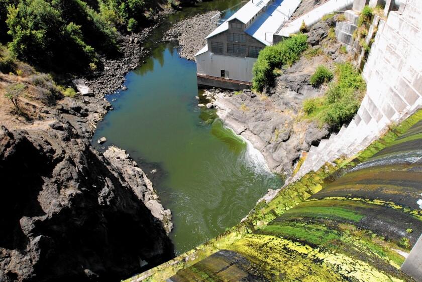 Klamath River dam deal is at risk