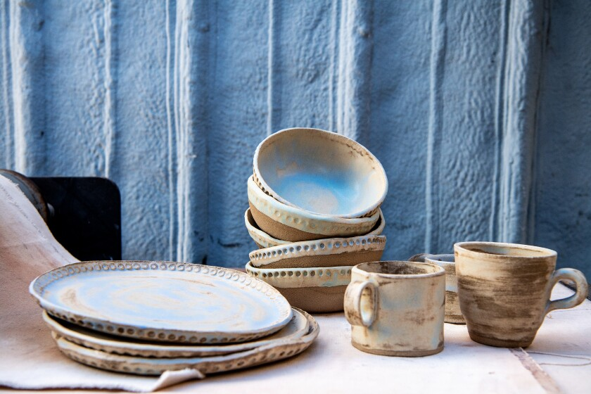 Ceramic plates, bowls and mugs