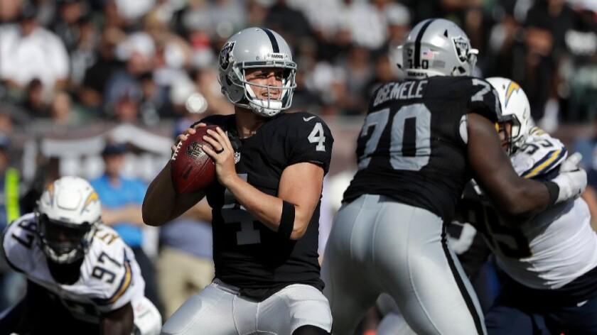 Raiders revival starts with quarterback Derek Carr