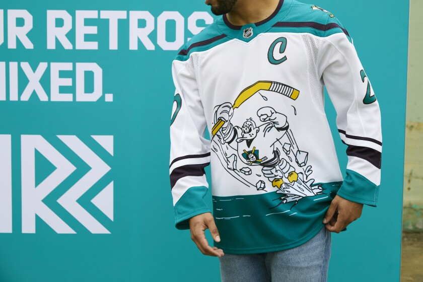 Kings, Ducks embrace past with NHL's 'Reverse Retro' jerseys - Los Angeles Times