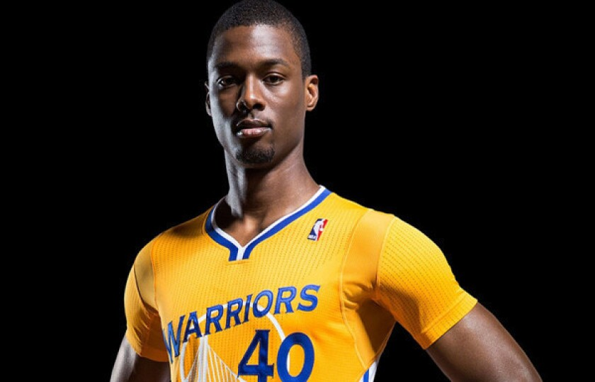 Warriors to wear new short-sleeved uniforms against the Spurs