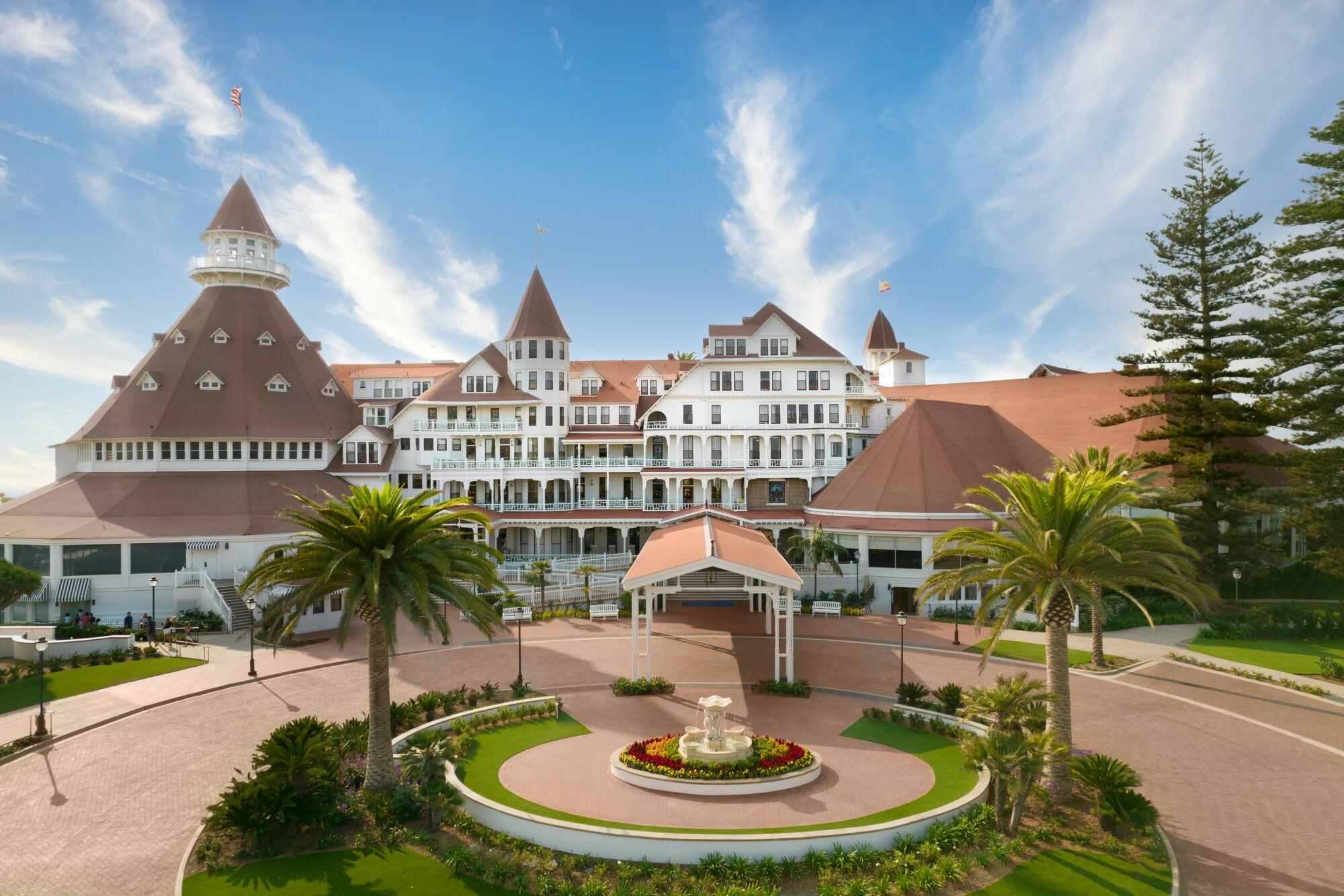 New entrance to the Hotel Del Coronado