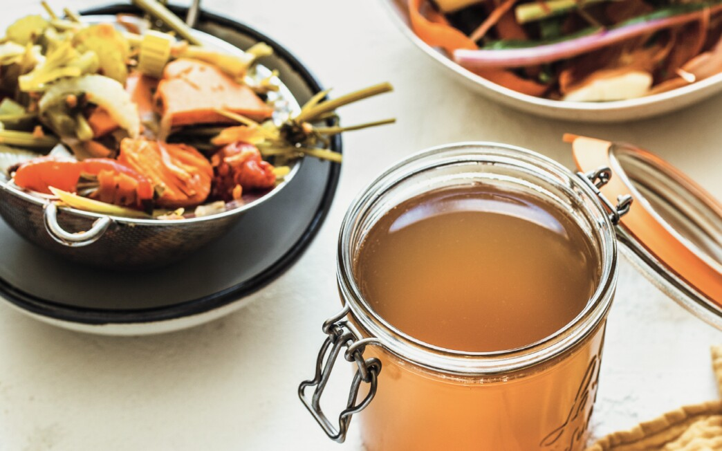 Vegetable broth and scraps