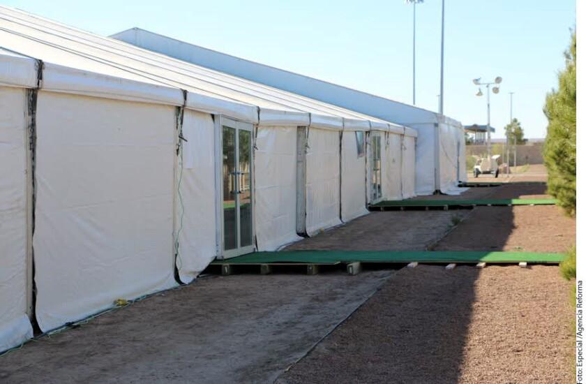 El Gobierno de Estados Unidos instaló un centro de detención temporal en el puente internacional de Tornillo-Guadalupe, con una capacidad inicial para 500 migrantes indocumentados.