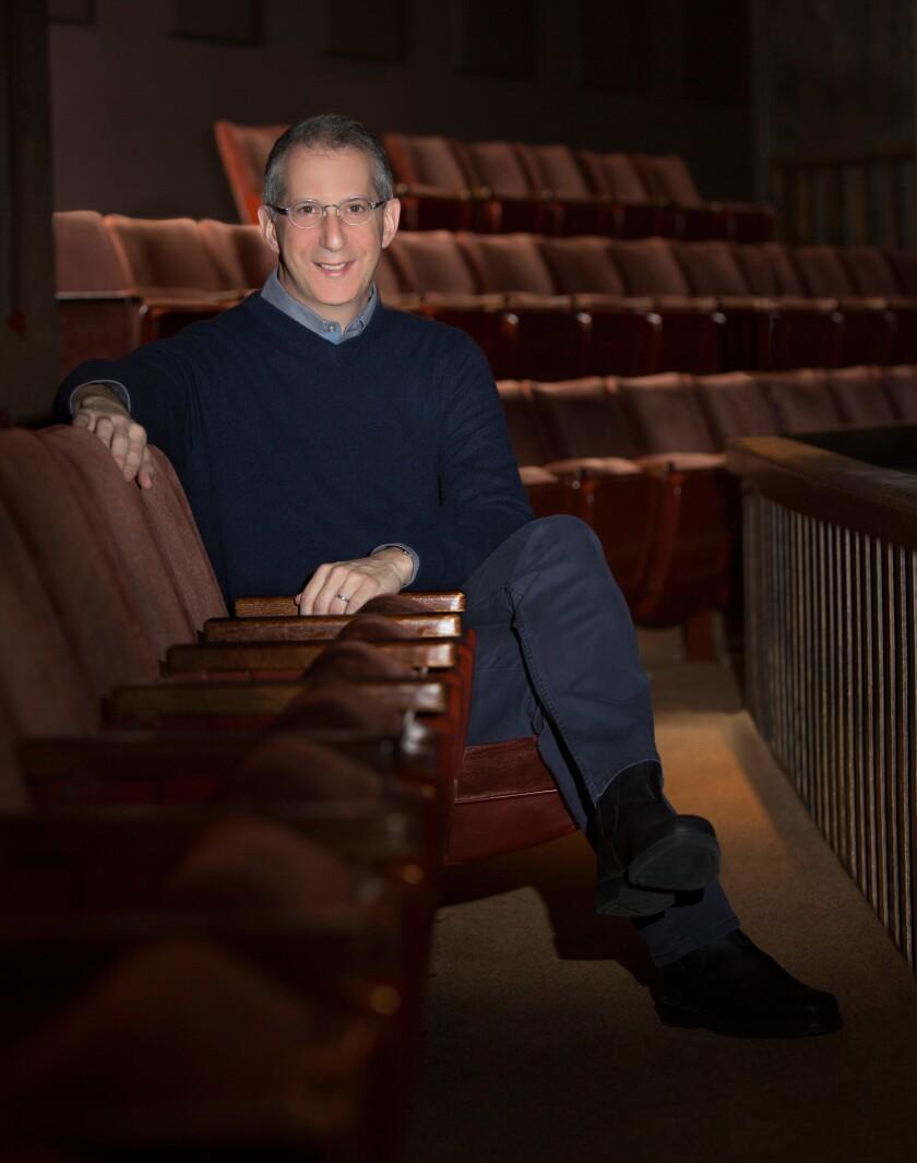 El director artístico del Old Globe, Barry Edelstein