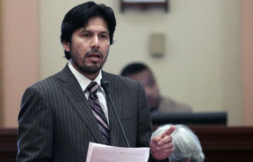 """California has launched a plan to enable low-wage earners to put aside 3% of their pay for retirement. But a privately financed feasibility study has to be conducted first. """"I'm going door to door in Echo Park to get people to chip in dollars,"""" says the plan's creator, state Sen. Kevin de León (D-Los Angeles)."""