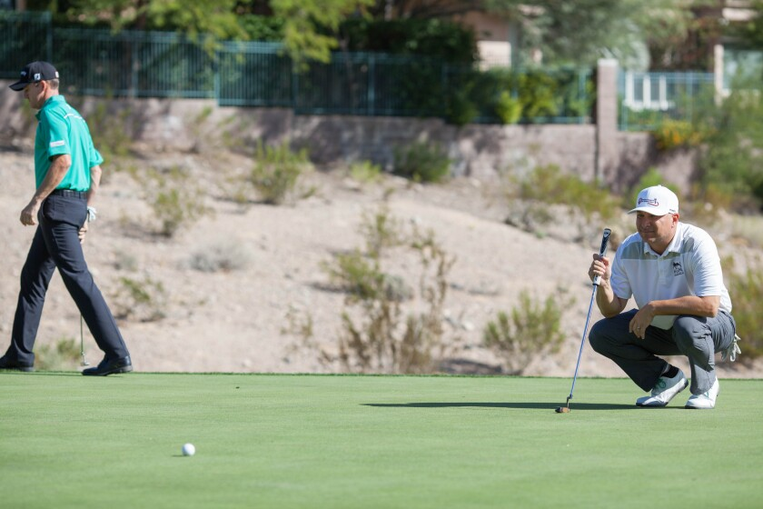 Swing clubs with a pro during annual Shriners charity event