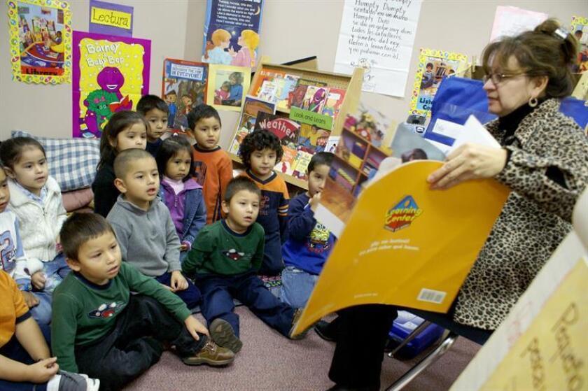 Los niños de educación preescolar de Nueva York tendrán la opción de aprender ruso y bengalí, idiomas que este año se han agregado al programa de educación dual del sistema de educación pública de esta ciudad, el más grande del país. EFE /Archivo