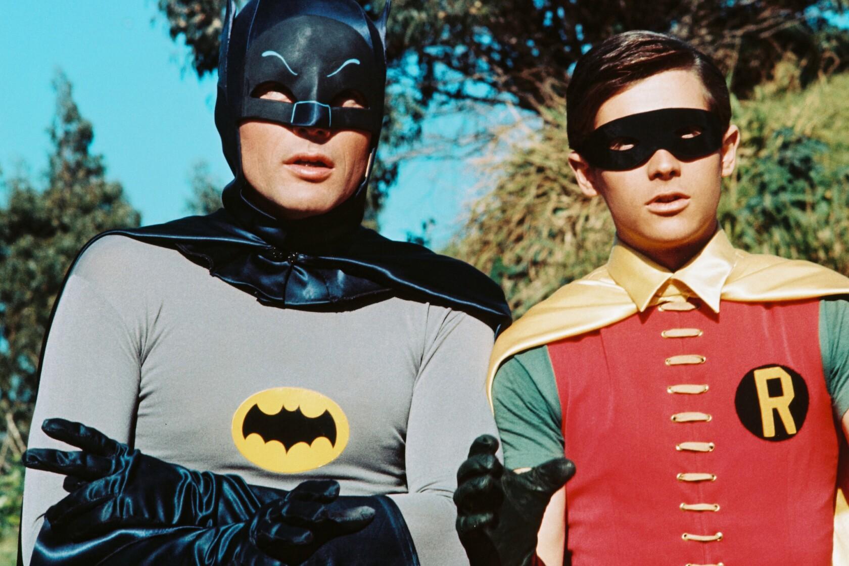 Adam West, star of the 'Batman' TV series, dies at 88 - Los