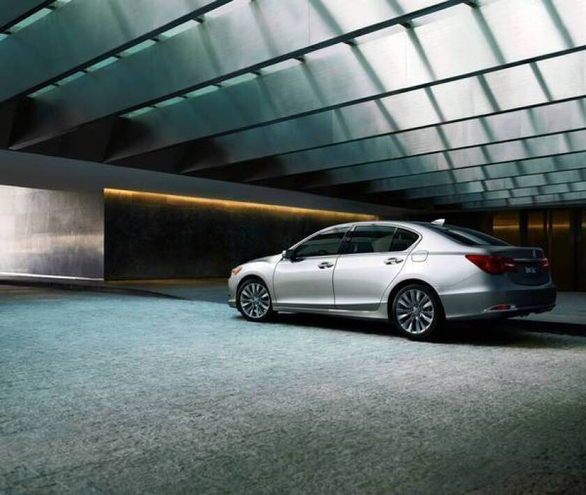 2014 Acura RLX fails to impress when compared with its peers
