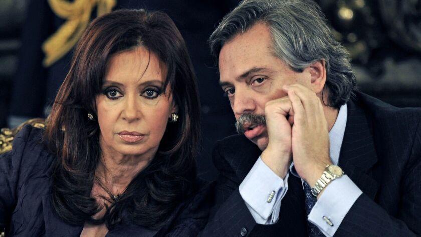 FILES-ARGENTINA-ELECTION-CANDIDACY-KIRCHNER-FERNANDEZ