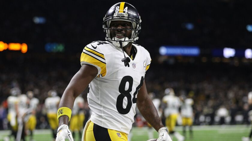 Antonio Brown celebrates a touchdown during a game between the Pittsburgh Steelers and New Orleans Saints in December.