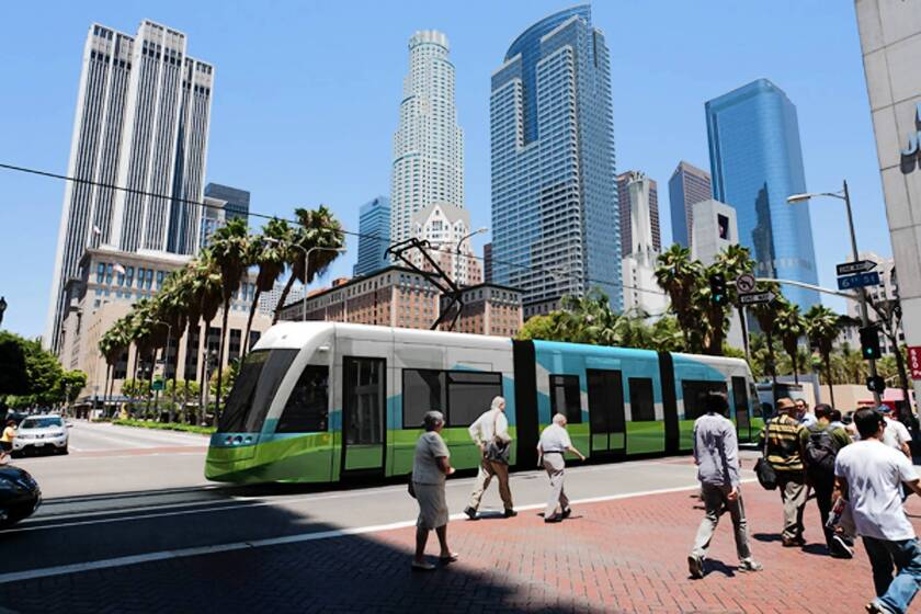 City Hall staff kept quiet on L.A. streetcar red flags