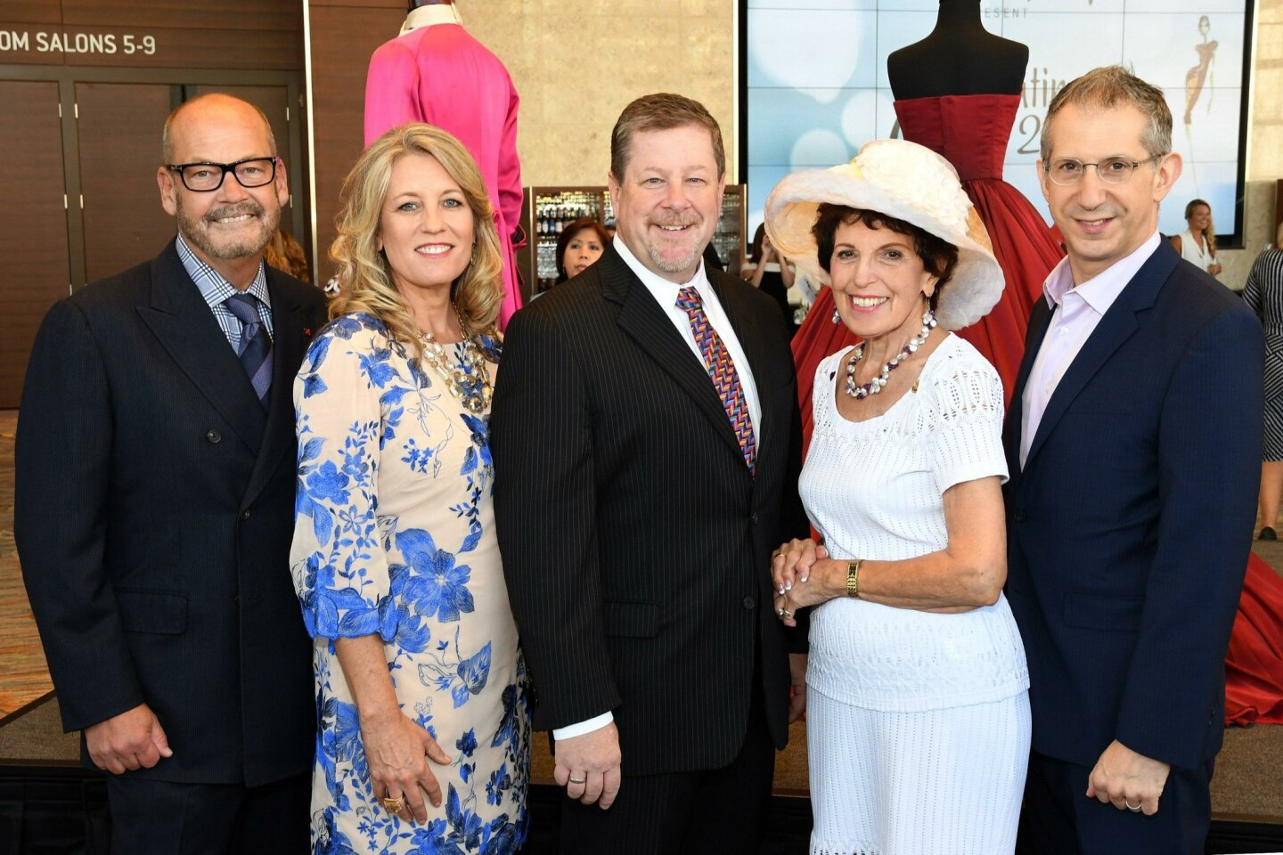 Thomas Melody (Neiman Marcus VP/GM), Linda Van Vark (show chair), Michael G. Murphy (Globe managing director), Angie DeCaro (Globe Guilders president), Barry Edelstein (Old Globe artistic director)